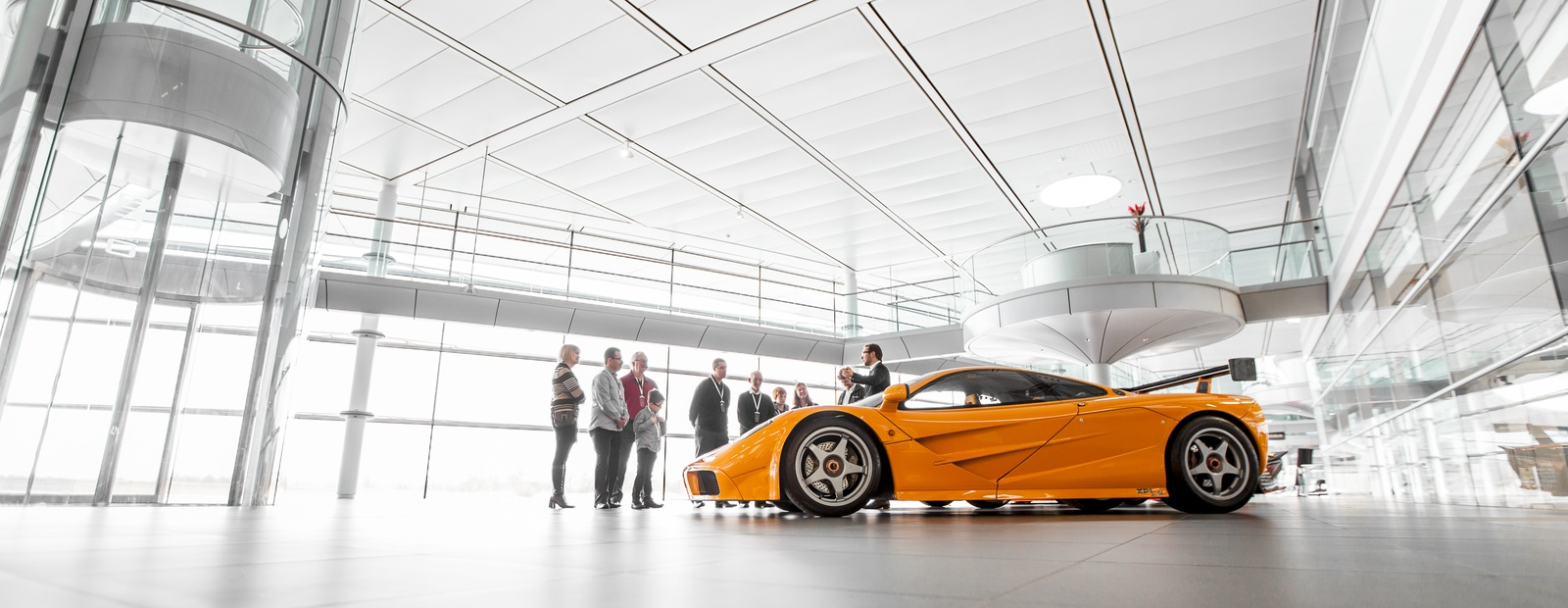 mclaren formula 1 - mclaren technology centre tour
