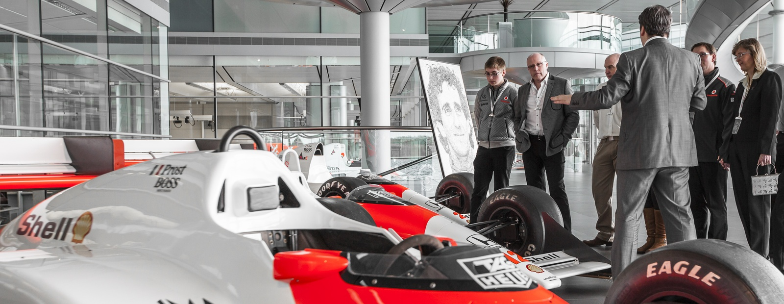 mclaren formula 1 - mclaren technology centre tour - march