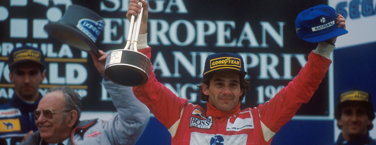 Senna's high-stakes gamble pays off
