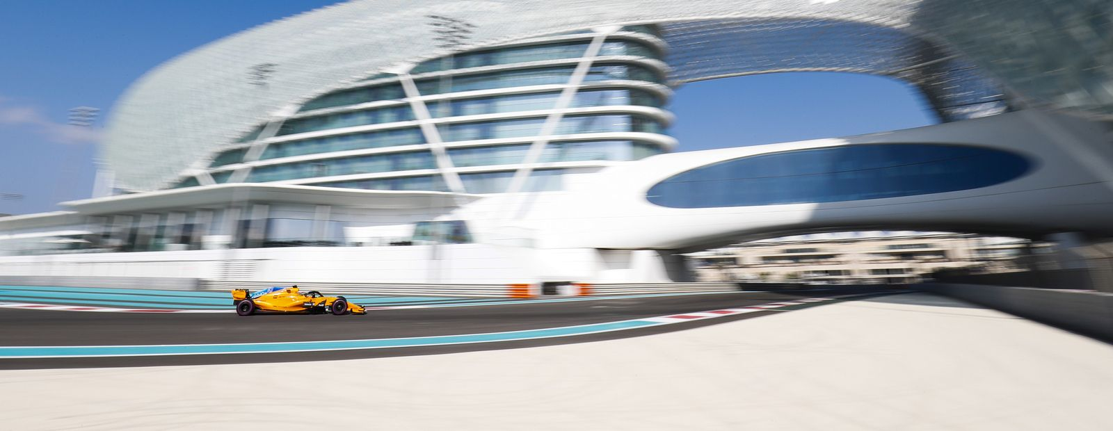 Abu Dhabi Tyre Test: Day 1