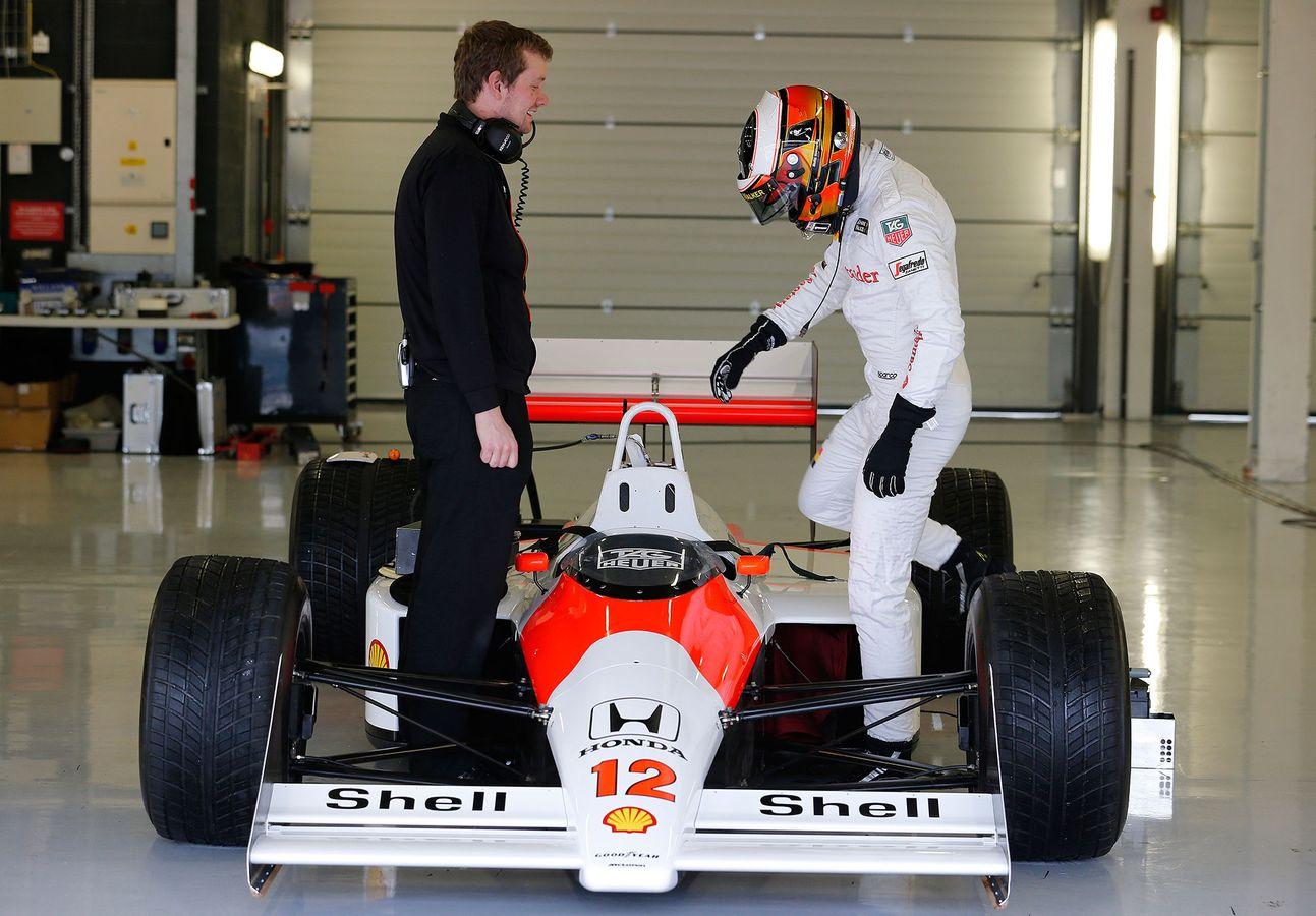 McLaren Formula 1 - McLaren heritage fleet: on the road