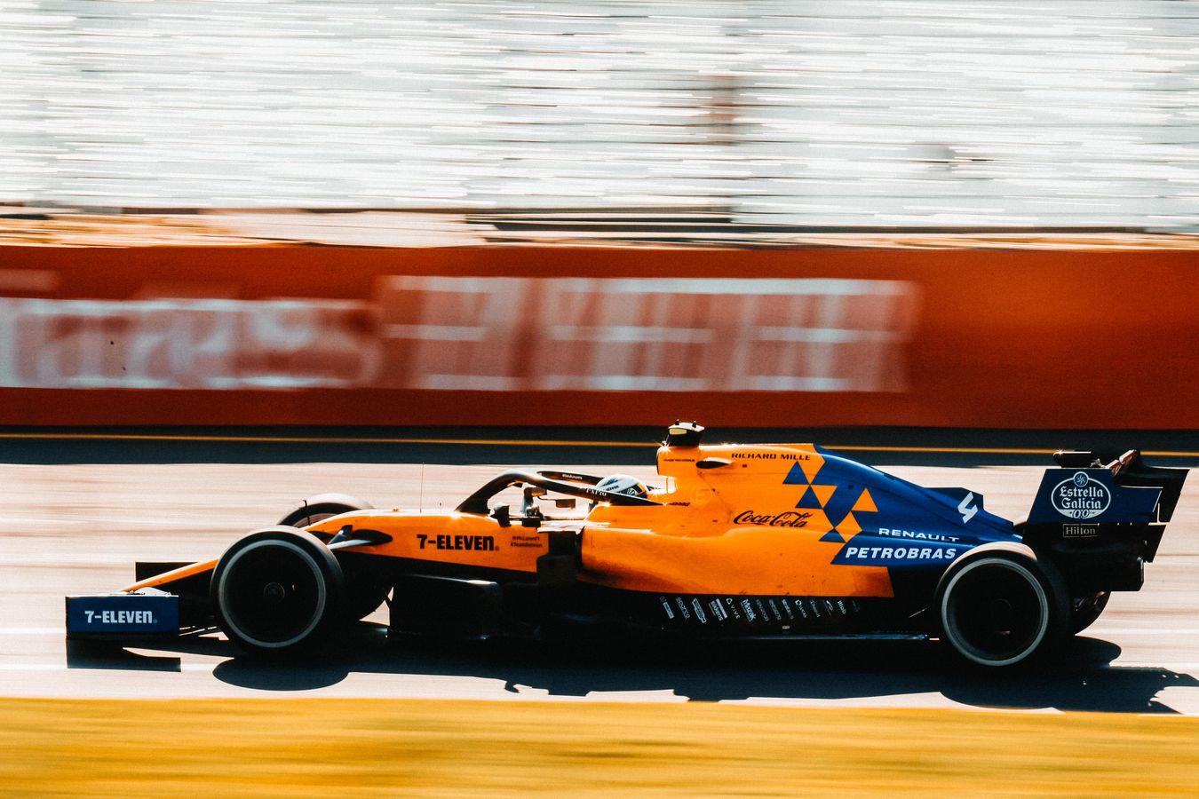 Coken ja Hanskin McLaren co-op _L5R2064